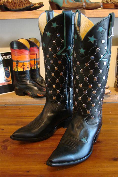 studded cowboy boots womens 8b inventory