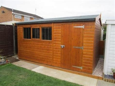 Insulated Workshop Shed by 25 Best Ideas About Underfloor Insulation On