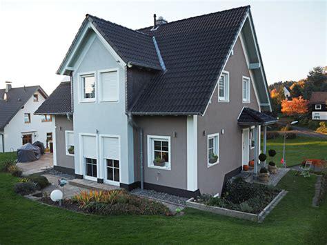 Was Kostet Fassadenanstrich by Fassade Fassadenanstrich Fassadend 228 Mmung Wdvs