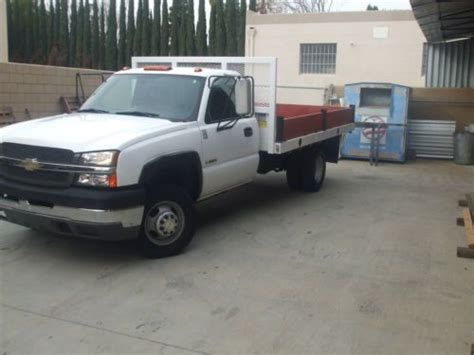how cars engines work 2004 chevrolet silverado 3500 lane departure warning purchase used 2004 chevy silverado 3500 base work truck dual rear wheels 12ft flatbed in united