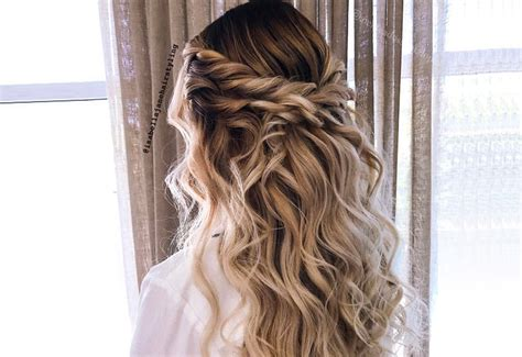 27 prettiest half up half prom hairstyles for 2019