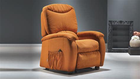 poltrone comode per anziani poltrone comode per anziani relax e benessere