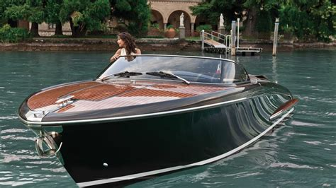 riva yacht photos photo gallery riva iseo riva yacht boats pinterest