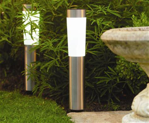 Heavy Petal » Solar garden lighting