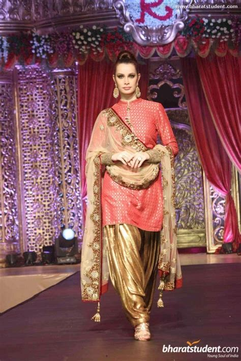 how to drape dupatta on suit 10 new dupatta draping styles for salwar suit lehenga