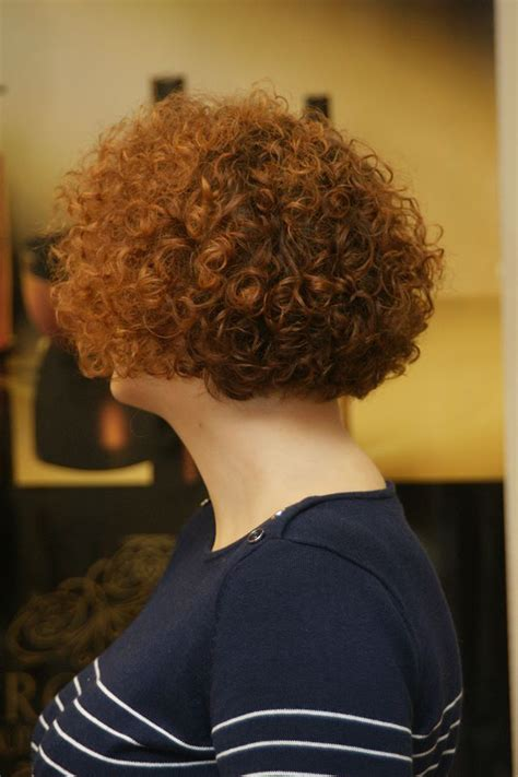 permed bob haircut 1000 images about permed hairdos on pinterest curly bob haircuts loose perm and curls