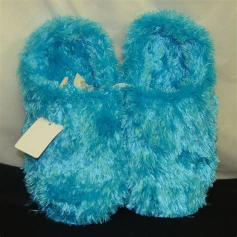 fluffy house shoes fluffy house slippers 28 images womens mule slippers slip on open back fluffy faux