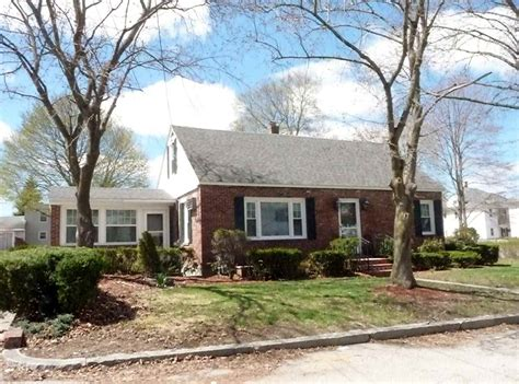 rooming houses manchester nh 74 manchester nh 03102 in county mls 4614743 offered at 244 500 bean