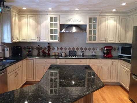 kitchen cabinet paint finishes glazed kitchen cabinets in general finishes antique white