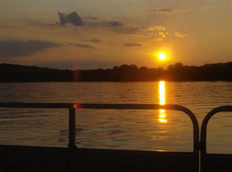 overnight boat rental fishing boat rentals charles mill marina mansfield ohio