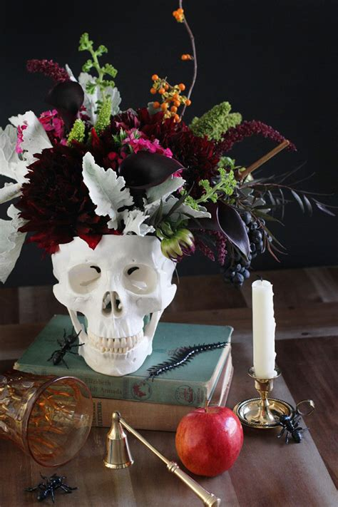 would like to make a small table centerpiece for christmas explore your side how to decorate with skulls