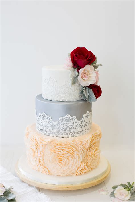 Wedding Cake Singapore by Floral Series Customised Cakes Baker S Brew Studio