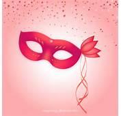 Red Masque De Carnaval Avec Un Coeur Brillant