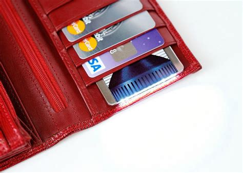 credit card flashlight cardlight the most powerfull flashlight in a size of
