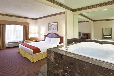 Hotels In Columbus Ohio With Tub In Room book inn express toledo oregon oregon ohio hotels