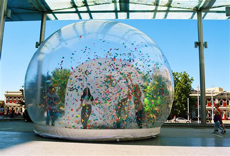 incredible group snow domes snow globes