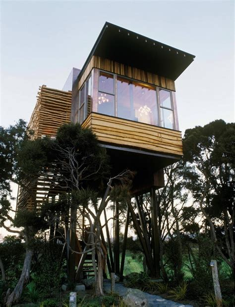 treehouse homes these 32 tree houses are more whimsical than your wildest