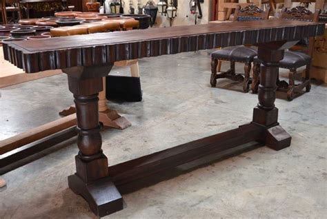turned leg console table turned leg console table consola tornos alder obscuro