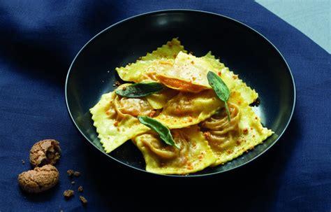 mostarda di zucca mantovana ricetta ravioli con zucca amaretti e mostarda le
