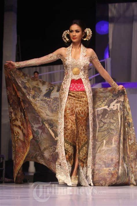 model jarik dan kebaya 415 best kebaya batik sarong dan sewek jarik images on
