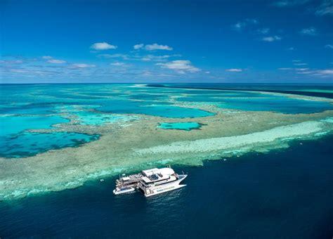 boat cruise whitsundays great barrier reef adventure with cruise whitsundays
