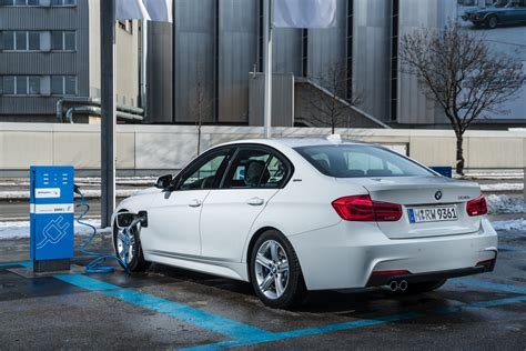 Auto Konfigurator Bmw by Bmw Usa 330e Configurator Is Online