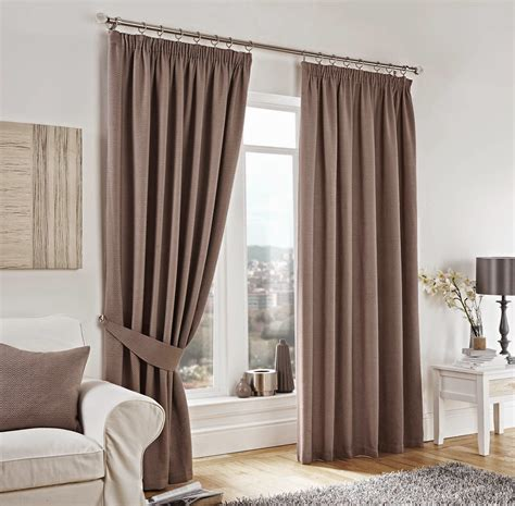 Curtains At Top Tips On Fitting Your Curtains 171 Ready Made Curtain Designs