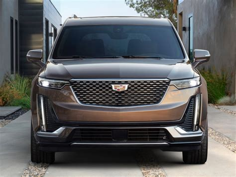 Cadillac Lineup For 2020 by 2020 Cadillac Xt6 Rolls Assembly Line Gm Authority
