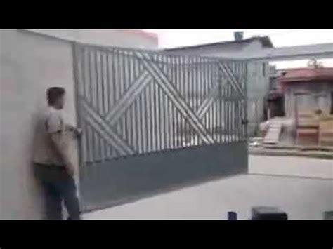 Simple Garasi pintu pagar garasi minimalis yang simple