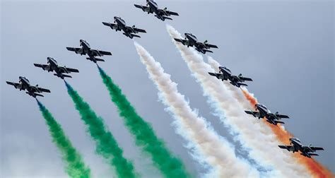 airshow news il frecce tricolori display   airshow  news  reviews