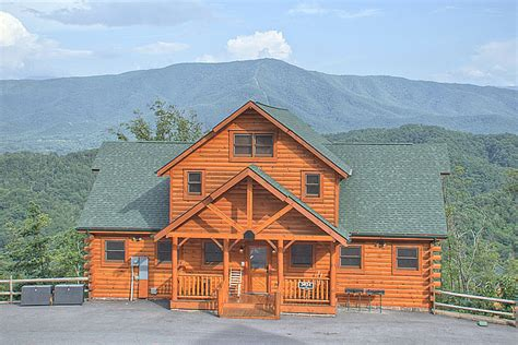 Parkside Cabin by Parkside Palace 4 Bedroom Cabin Located In