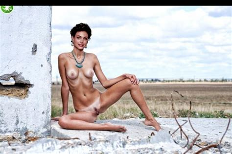 Morena Baccarin Naked Celebrity Pictures Leaked Celebrity Nude Photos