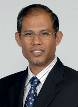 Singtel Careers Mba by He Masagos Zulkifli Trade Winds The Business Year