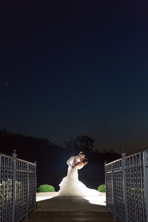 Wedding Photography Inspiration : night time wedding