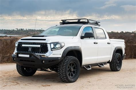 toyota tundra light bar magnum bumper for the 2014 toyota tundra pictured with rt