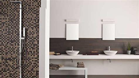 foto di bagni piastrellati piastrelle bagno fino altezza andrebbero posate