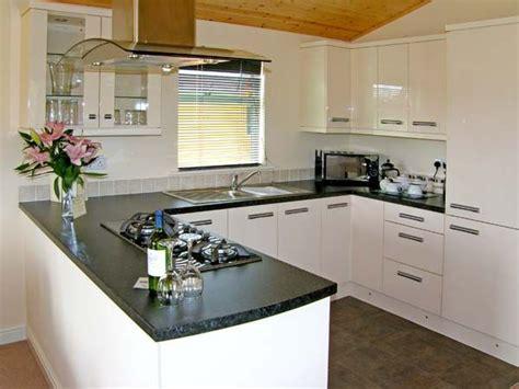 Lodge Farm Kitchen Stockists by Oak Lodge Beaconsfield Farm Park Kitchen