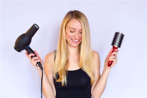 Using Hair Dryer Everyday Or Bad five minute out tutorial how to easily and quickly everyday style by joules