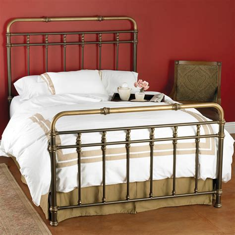 Popular Iron Bed Manufacturers Buy Cheap Iron Bed