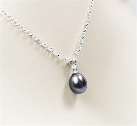 Kalung Single Black Necklace black pearl necklace single black pearl pendant bridesmaid