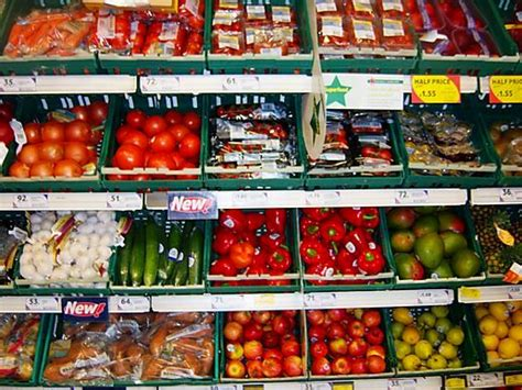 tesco food tesco wasted 30 000 tonnes of food in six months