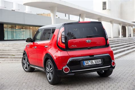 Kia Soul Second Europe Gets New Soul With 1 6l Crdi Diesel Engine Kia