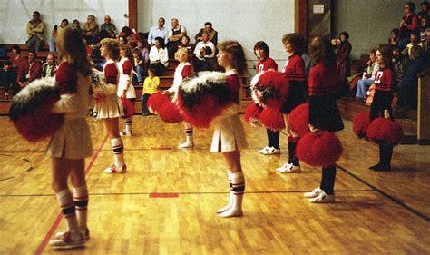 80s hair for cheerleading 80s high school cheerleaders before they were stars 15
