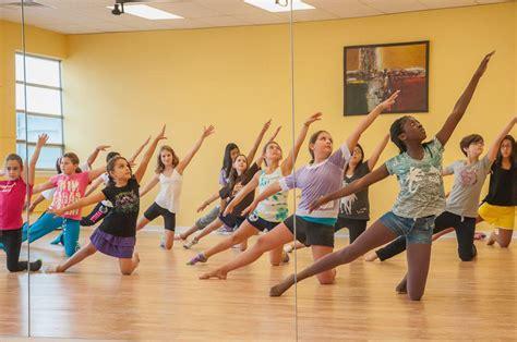 libro teaching dance a dance teaching dance net dance instructor 10082739 read article ballet jazz modern hip hop tap