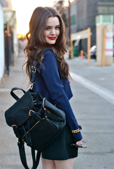 Lyppi Blouse how to wear a backpack like a grown up