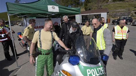 Auto Verschrotten Dachau by Pr 228 Ventionsaktion Der Polizei Motorradfahren Am Sudelfeld