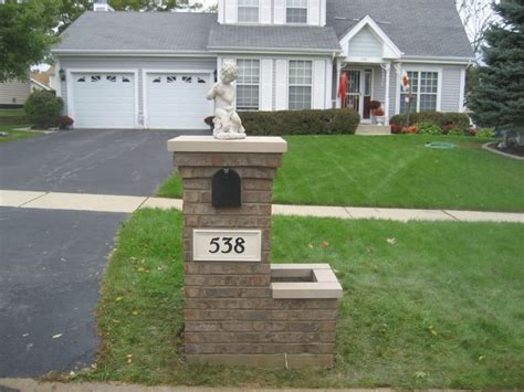Brick Mailbox With Planter by 75 Best Images About Brick Mailbox On Planters