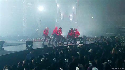 live wallpaper of bts 방탄소년단 2015 bts live 화양연화 on stage dvd preview spot
