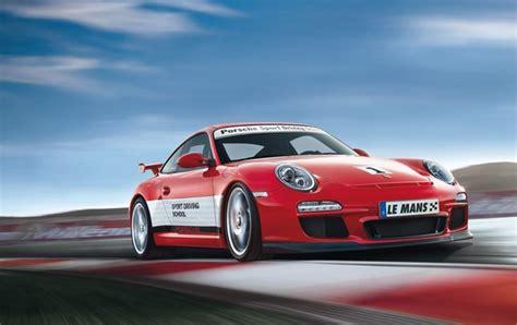 Porsche Driving School by Le Porsche Sport Driving School S Invite Au Mans En 2011