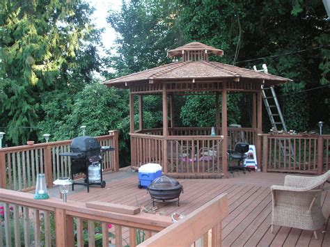 gazebo deck gazebos on decks exle pixelmari